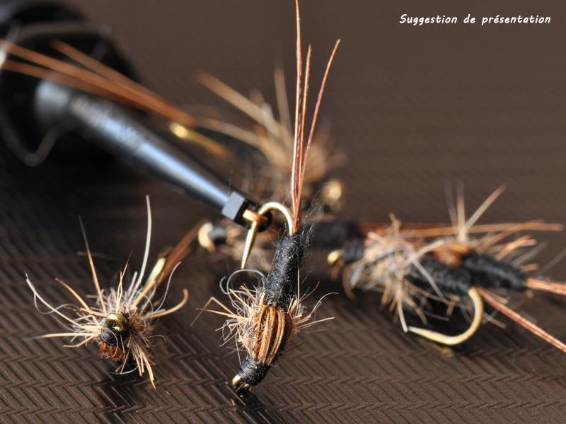"""Mouche peche """"De plumes et d'acier""""Nymphe coton Ref 4040"""